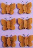 Zobrazit detail - Dekorace filc motýlek hnědý 4 cm  - 1ks
