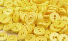 Knoflík 11,4mm dvě dírky - 20ks - žlutý