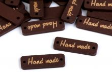 """Výsek dřevěný ŠTÍTEK """"Handmade"""" 30x10mm - 1ks"""