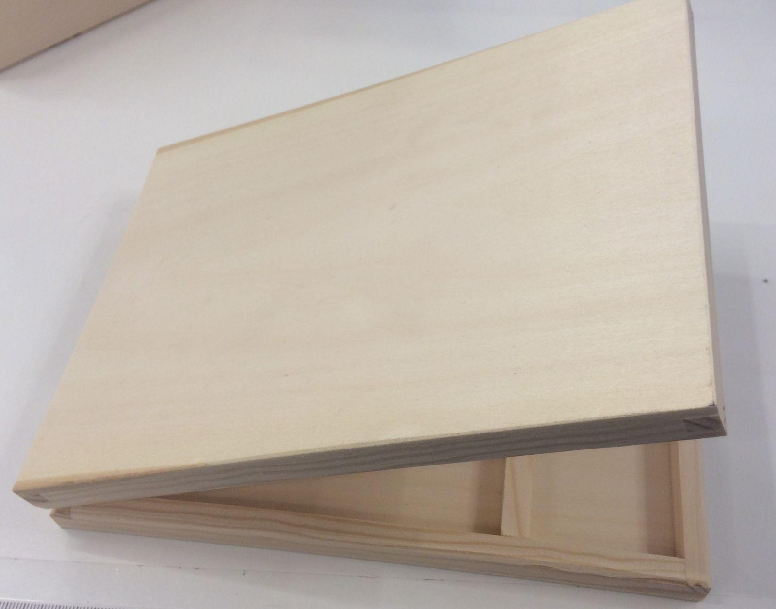 Dřevěná krabička - nízká s přihrádkou, 19 x 2,5cm
