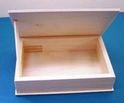 Dřevěná krabička nelaková 26x 20,2 x 4 cm