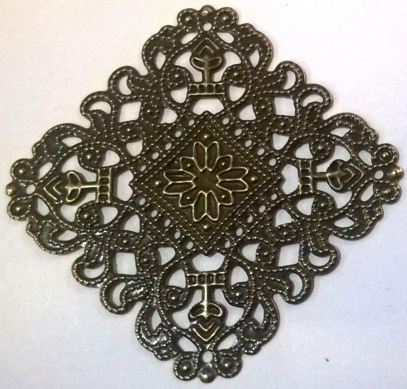 Dekorace filigránová ORNAMENT čtverec 4 x 4cm - 1ks