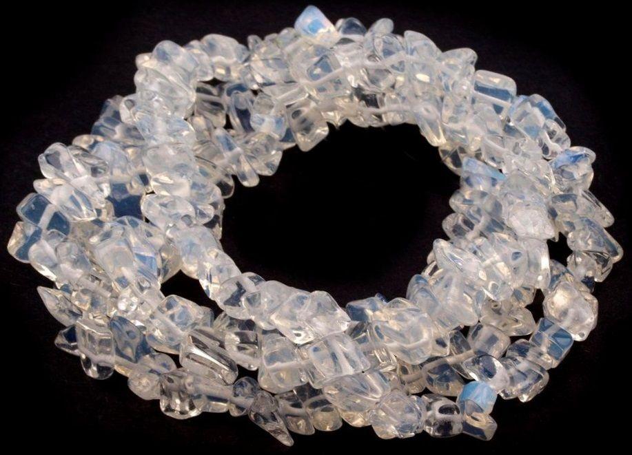 Minerál korálky Opalit zlomky 3-10mm - 1šňůra/cca230ks/85cm