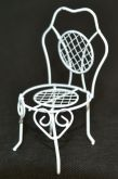 Dekorace kov mini ZAHRADNÍ židle malá 105x50mm
