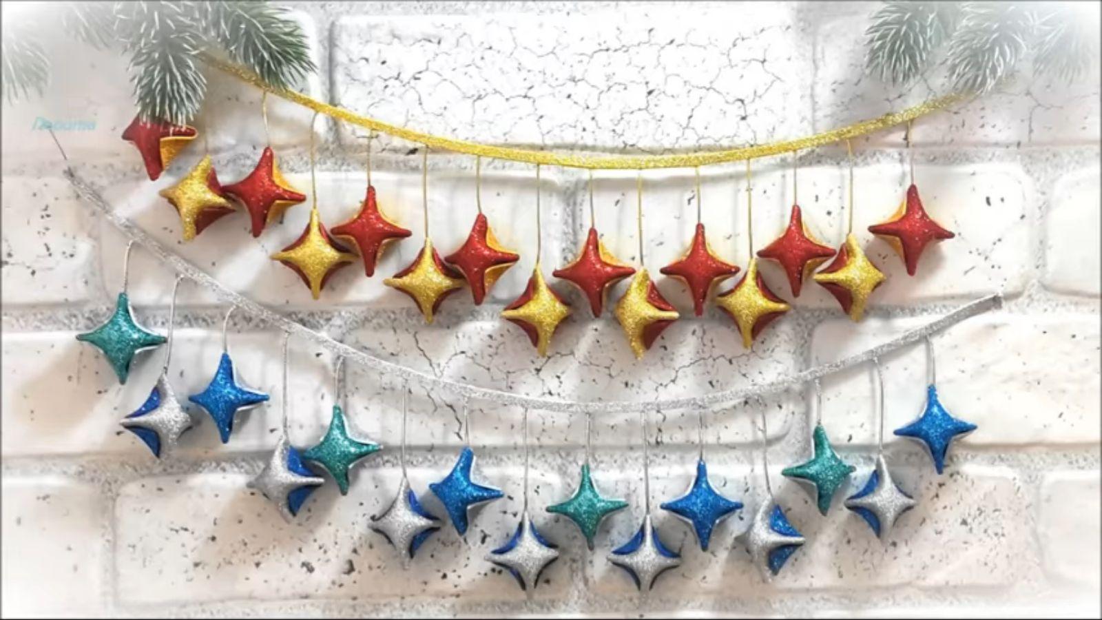 Třpytivé vánoční ozdoby z pěnovky