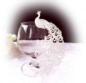 Jmenovka svatební na skleničku PÁV  bílá 11x5,1cm - 10ks