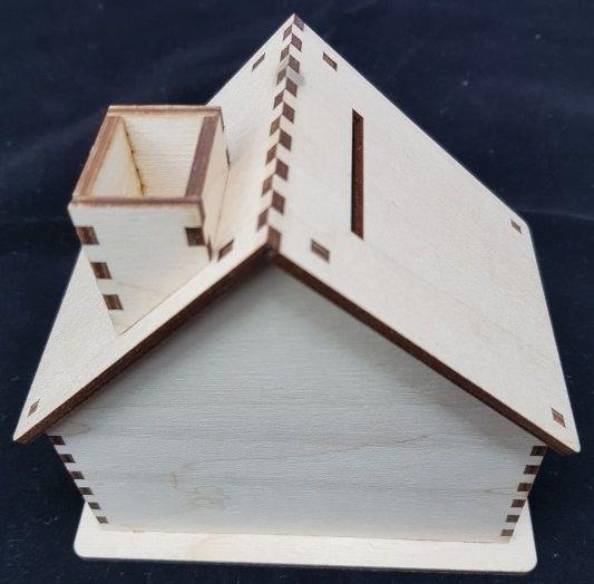 Pokladnička dřevo CHALOUPKA 12x6x12cm
