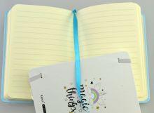 Zápisník linkovaný se záložkou a gumou JEDNOROŽEC 14,5x10,5cm - 96listů